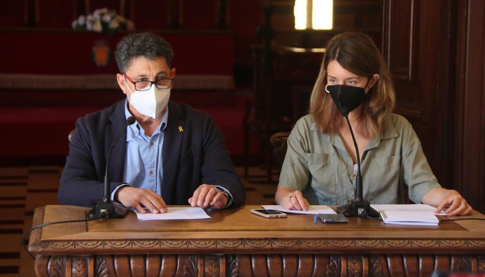 Pla mig del conseller de Seguretat de Tarragona, Manel Castaño, i la consellera de Serveis Socials de Tarragona, Carla Aguilar.