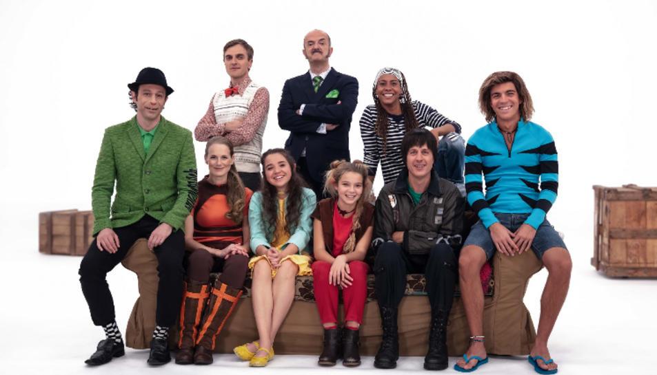 Grup dels actors que conformen la Família del grup Super3.