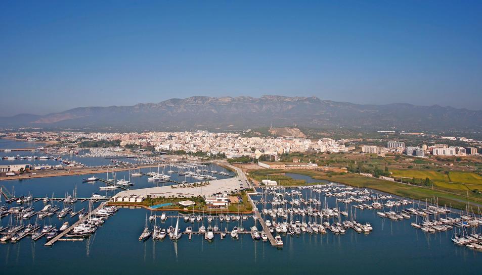 Imatge aèria del port de Sant Carles de la Ràpita.