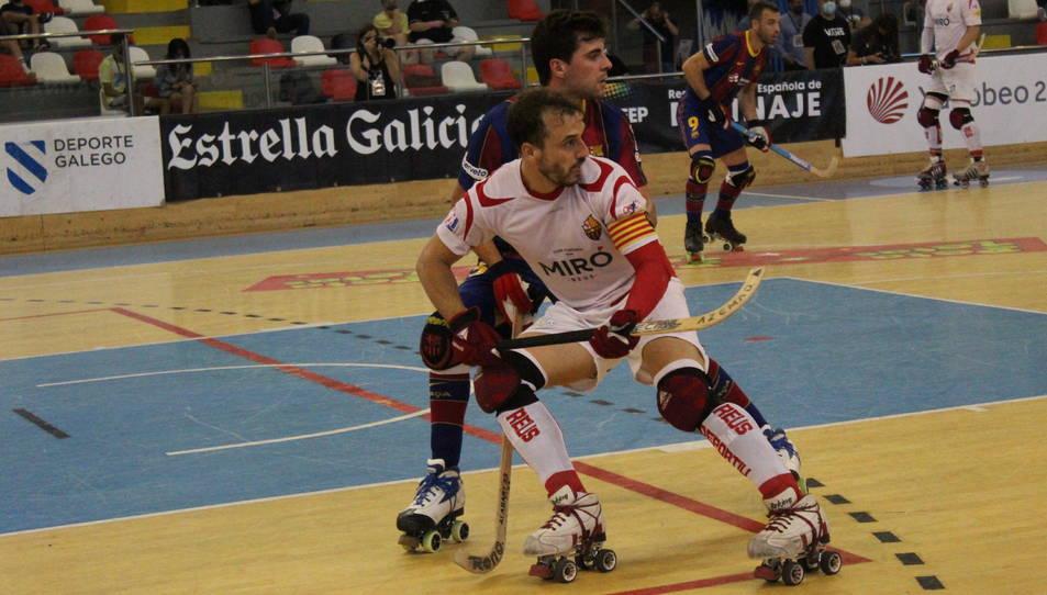 Joan Salvat, durant un moment del partit contra el Barça a La Corunya.