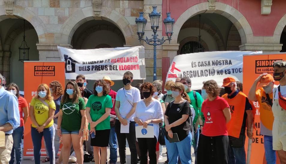 Imatge d'arxiu d'una protesta del moviment per l'habitatge a Sants.