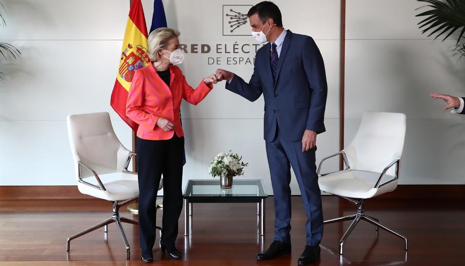 Reunió de la presidenta de la Comissió Europea, Ursula von der Leyen, i el president del govern espanyol, Pedro Sánchez, a Madrid per l'aprovació de pla espanyol.