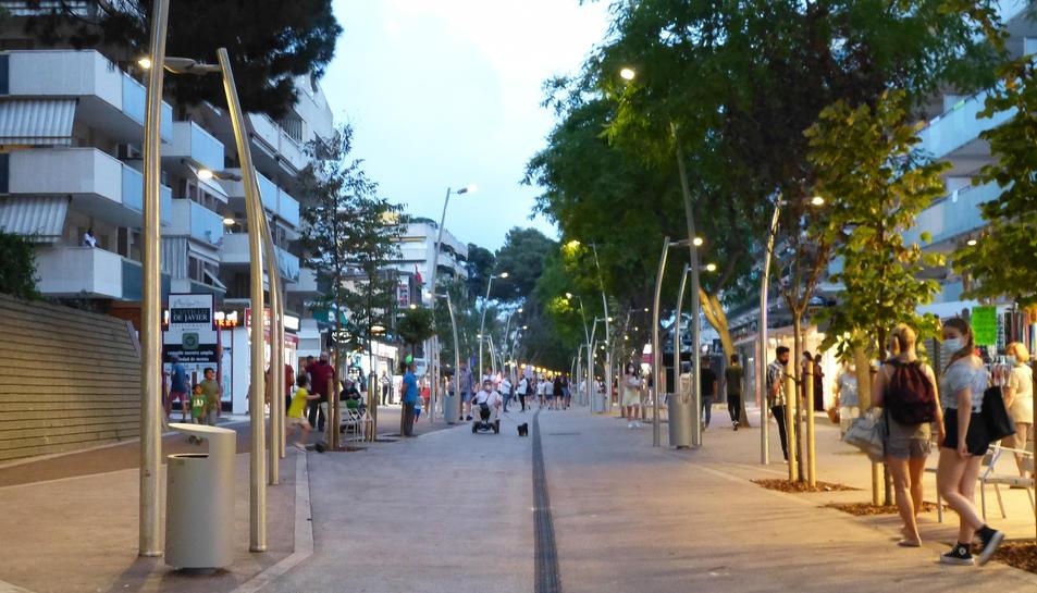 Salou inaugura la primera fase de la renovació de l'avinguda Carles Buïgas