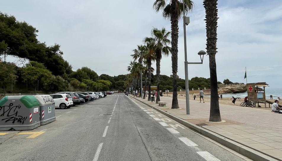 Imatge de la zona de la platja de l'Arrabassada on es va produir l'esbatussada entre 30 persones.
