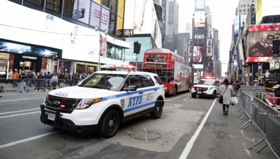 Un vehicle de la Policia de Nova York en una imatge d'arxiu.