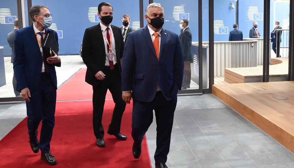 El primer ministre d'Hongria, Viktor Orbán, arribant a la cimera del Consell Europeu el 24 de juny del 2021.