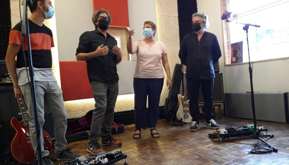 Llorenç Casanovas (Vallsjove), Àlex Rull, Laia Castells (regidora de Joventut) i Germán Rull