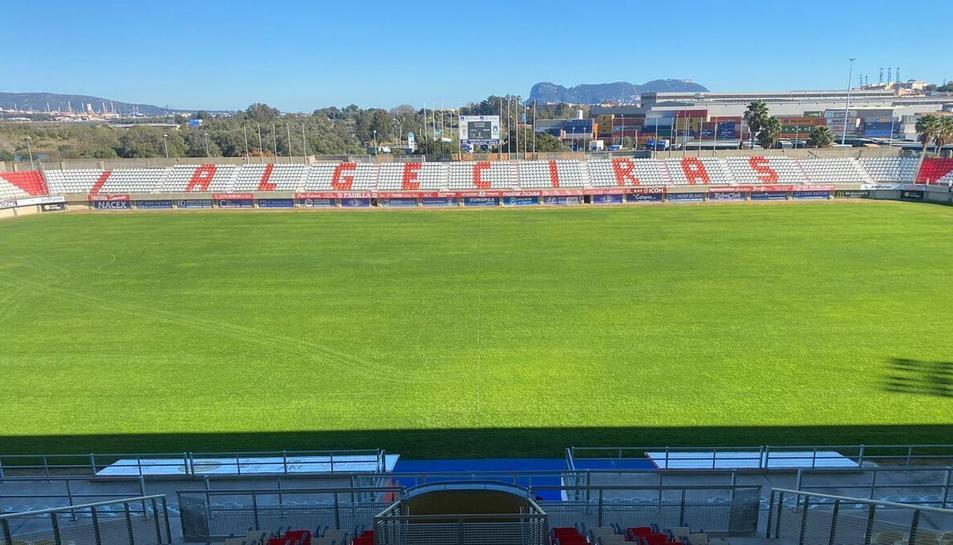 L'estadi Nuevo Mirador on juga l'Algeciras CF és un dels estadis on jugaran els grana per primera vegada aquest any.