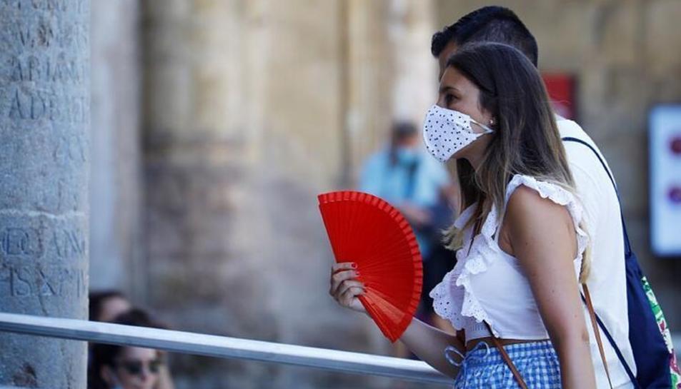 L'OMS continua considerant vital l'ús de les mascaretes.