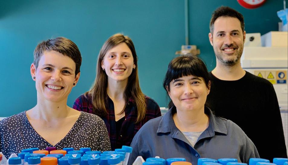 Dàlia Raïch Regué, Jordana Muñoz Basagoiti, Nuria Izquierdo-Useros i Daniel Pérez Zsolt,participants en la investigació.