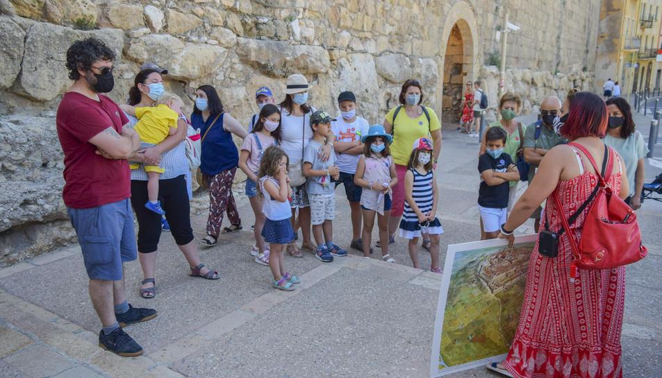 Itinere va engegar fa dues setmanes les visites guiades sobre la Tàrraco Romana destinades a infants.