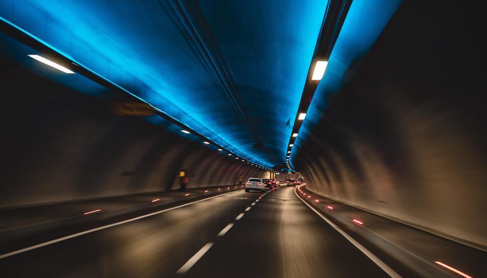 Imatge d'arxiu d'una carretera