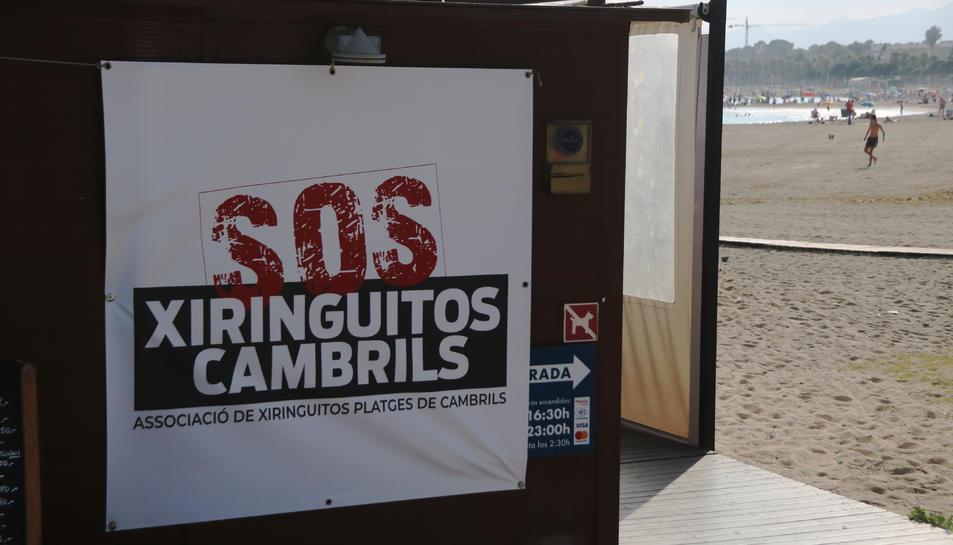 Pancarta de l'Associació Xiringuitos Platges de Cambrils.