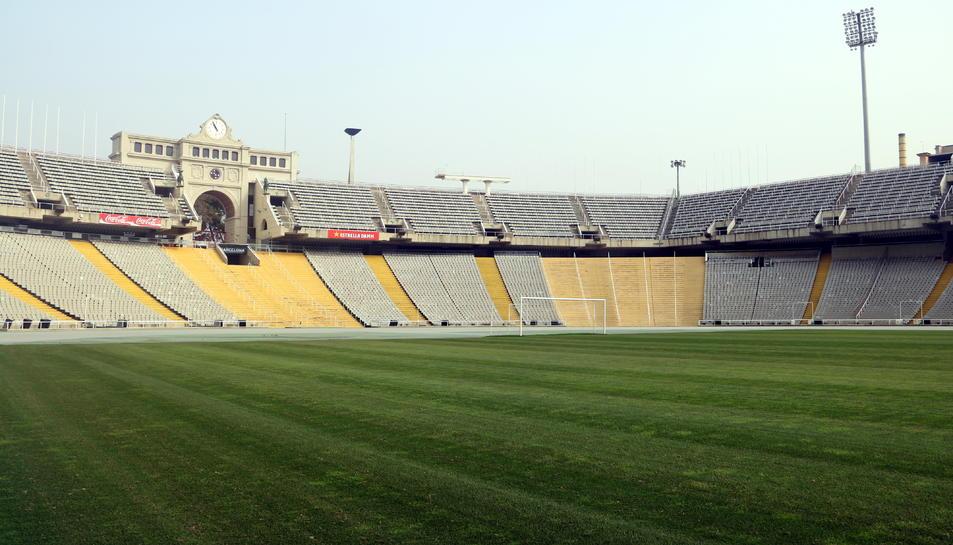 Pista i part de la graderia de l'Estadi Olímpic Lluís Companys de Barcelona
