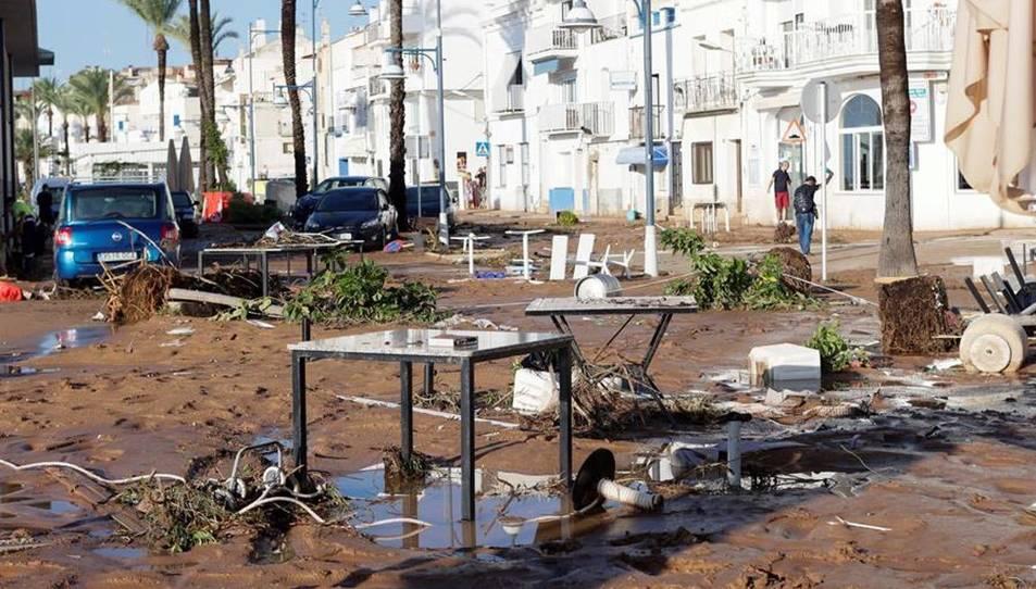 Les localitats de les Cases d'Alcanar i Sant Carles de la Ràpita van viure un 1 de setembre molt dur després que caiguessin més de 200 litres d'aigua en molt poca estona i es produïssin inundacions i greus desperfectes als habitatges i la via pública.