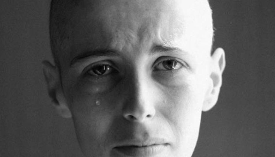 Olatz Vázquez va retratar la seva lluita contra el càncer.