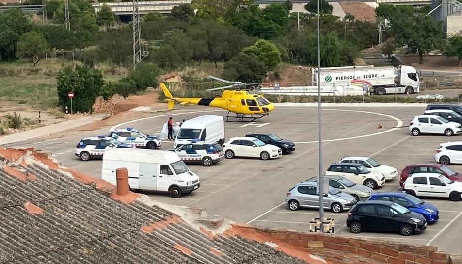 S'han mobilitzat un helicòpter i diverses patrulles terrestres dels Mossos.
