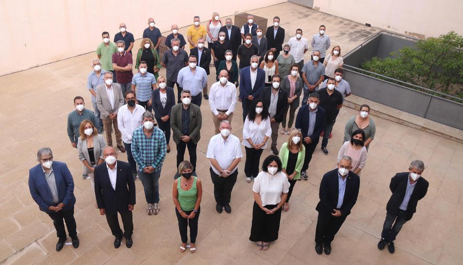 Alcaldes i representants municipals que presenten al·legacions en contra la MAT de Forestalia.