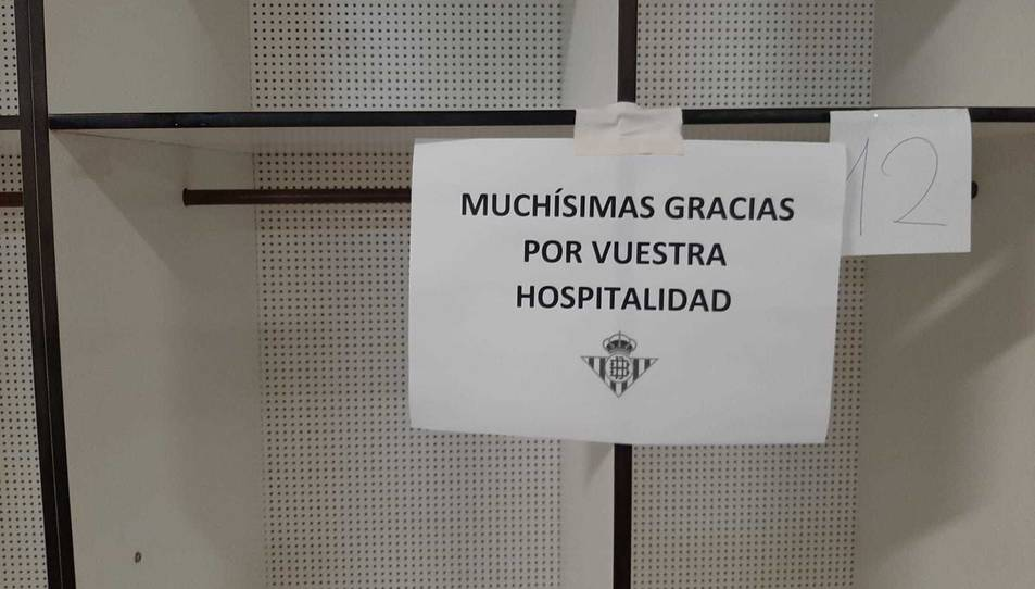 El cartell que va deixar el Betis Deportivo.