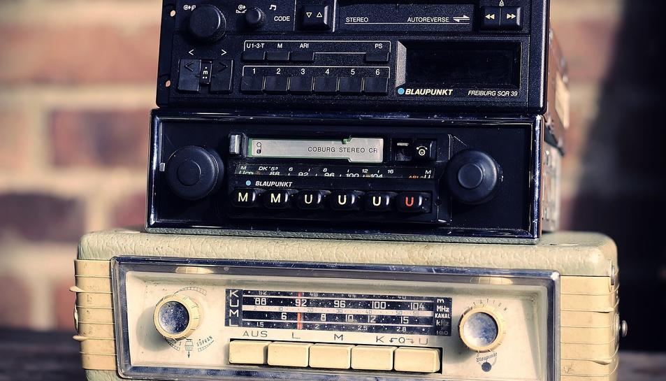 Imatge d'arxiu d'un aparell de ràdio.