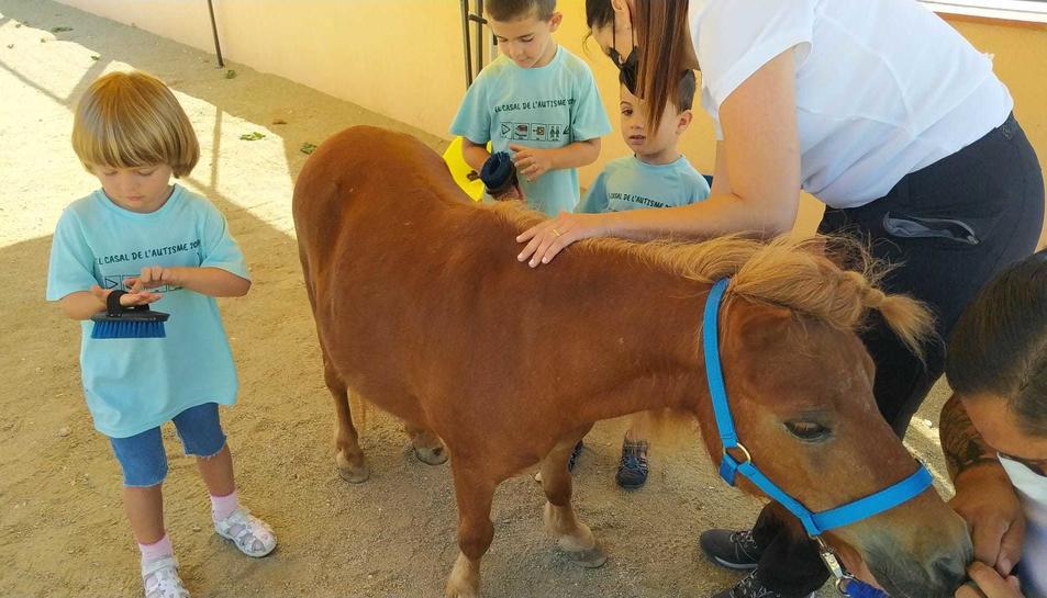 Infants al Casal de l'Autisme que  es va fer aquest estiu a Tarragona.
