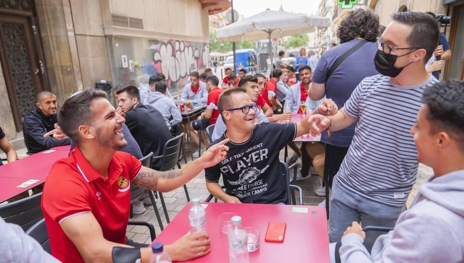 Els jugadors del Nàstic també han compartit moments amb el Genuine.