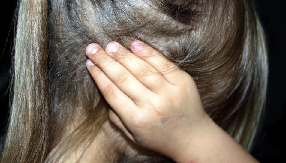 Una nena en una imatge d'arxiu.