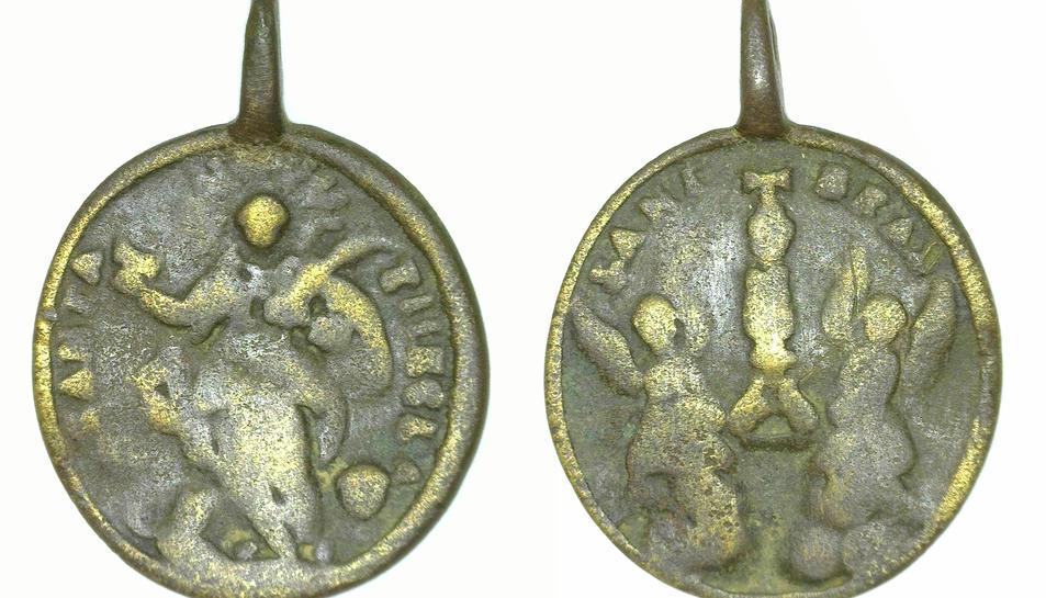 Imatge de la medalla dedicada a Santa Tecla, datada al segle XVIII