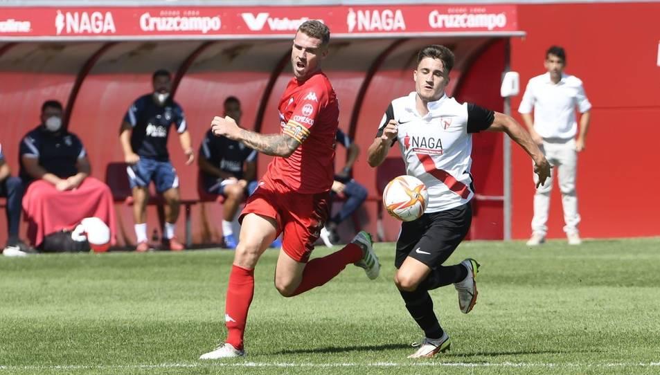 Una acció en el partit que els alacantins van jugar la passada jornada al camp del Sevilla Atlético.