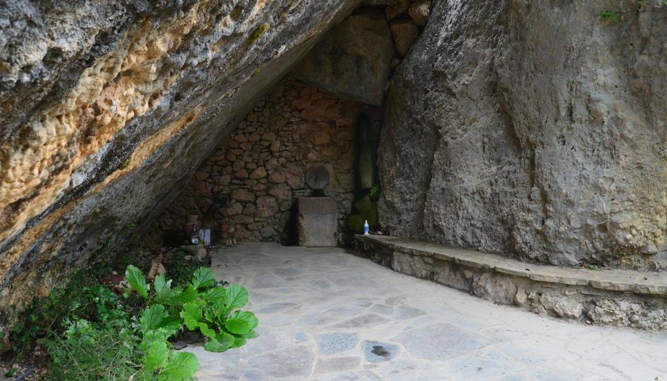 La font de Sant Joan del Codolar.