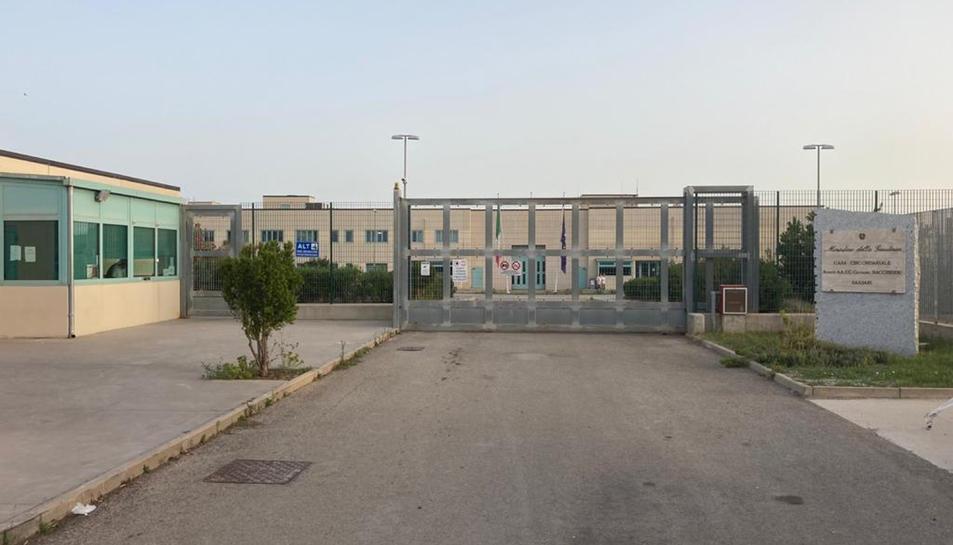 Pla general de l'edifici del Ministeri de Justícia italià on l'expresident Carles Puigdemont ha passat la nit.