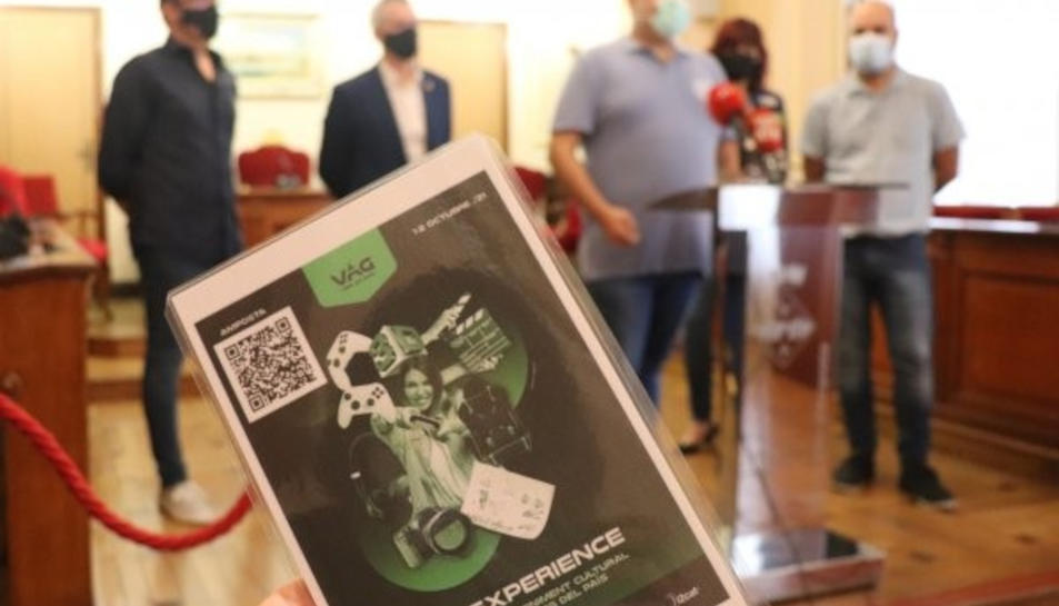 Primer pla del cartell de la segona edició del VAG Experience d'Amposta.