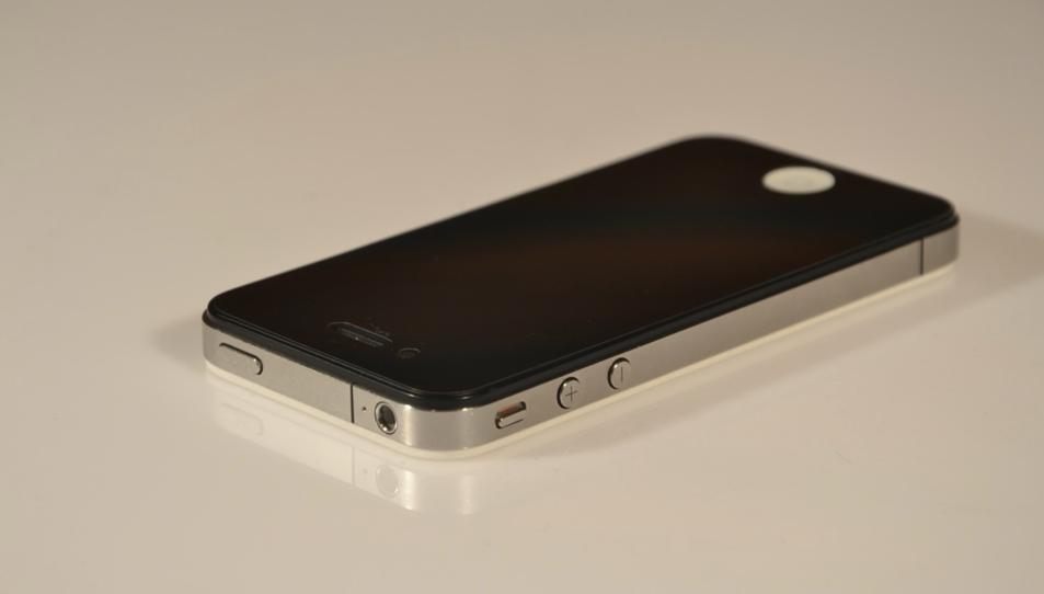 Un Iphone 4.
