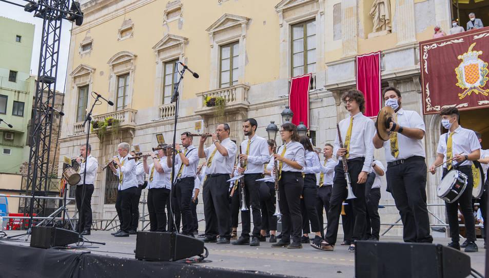 L'Entrada de Músics va ser un dels actes que més gent va aplegar per Santa Tecla.