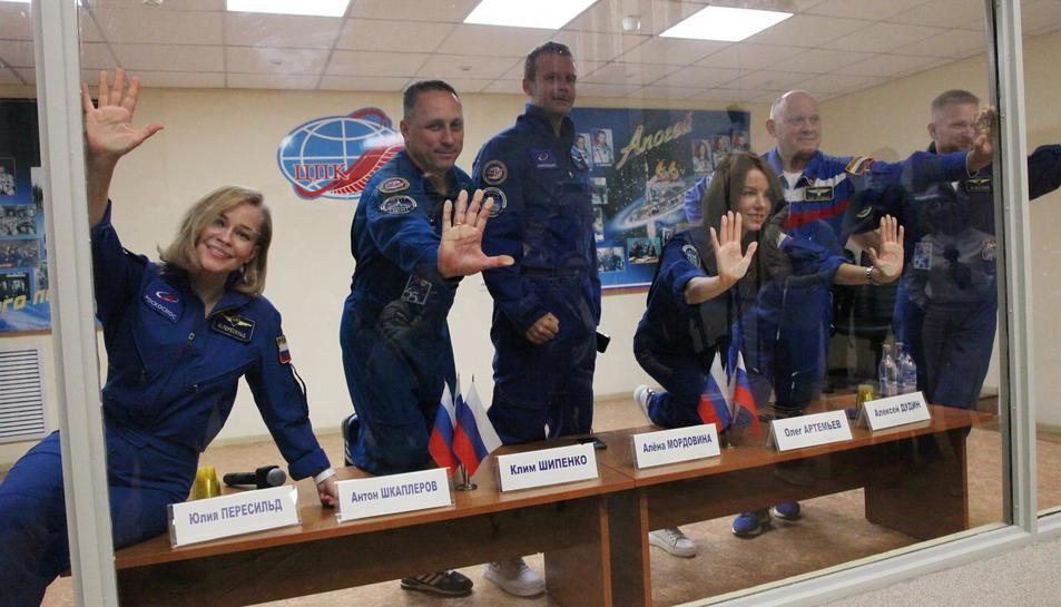 Els membres de l'expedició que s'enlairarà demà.
