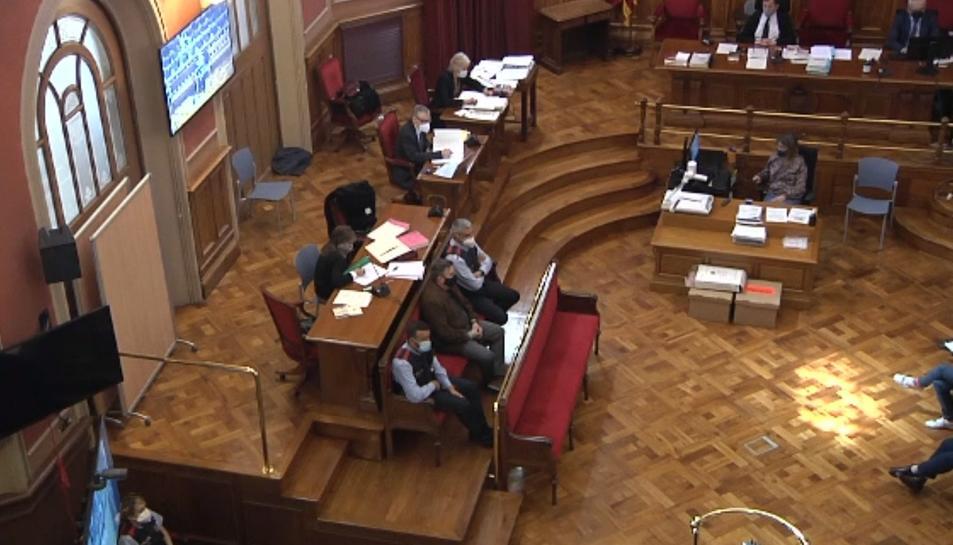 Pla general del judici per l'assassinat d'una nena de 13 anys al 2018 a Vilanova i la Geltrú.