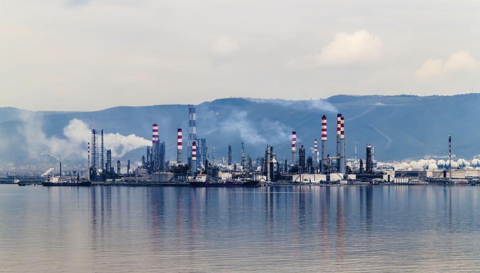 El gas natural és una barreja d'hidrocarburs.