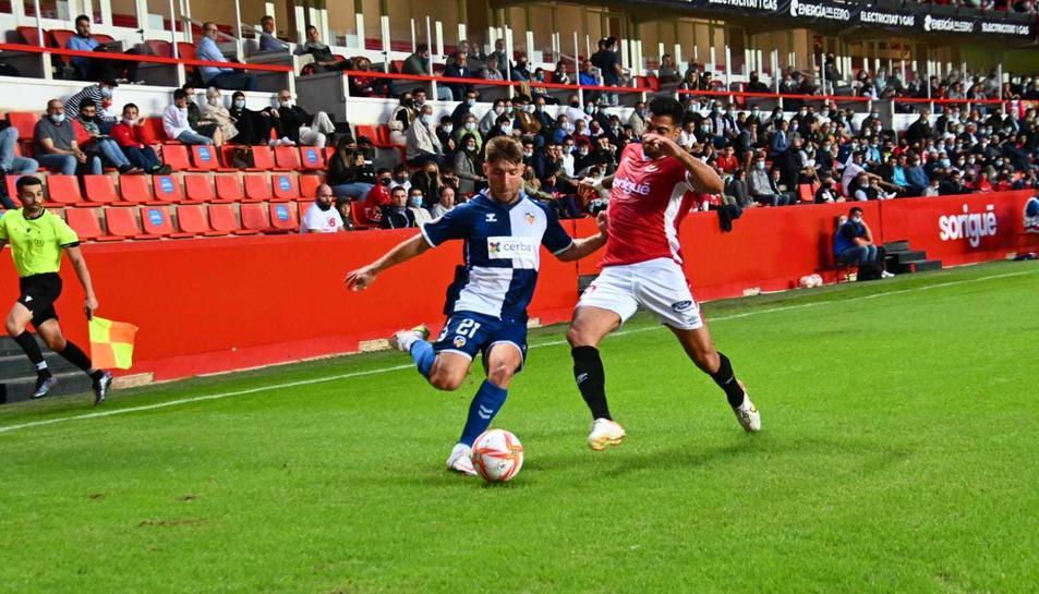Imatge d'un momet de partit que ha enfrontat Nàstic i Sabadell al Nou Estadi.