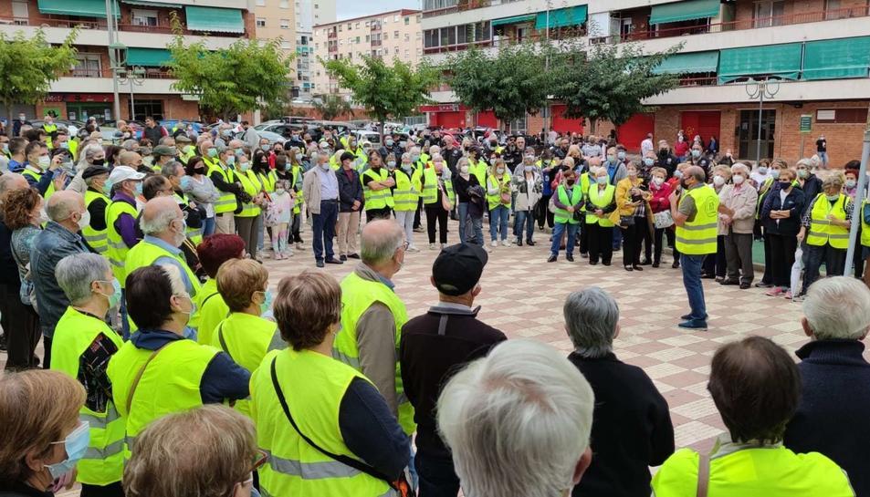 La concentració, amb els membres de les patrulles veïnals com a protagonistes, es va fer a la plaça de la Quarta Promoció.