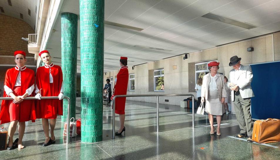 El rodatge es va desenvolupar ahir en un edifici del Complex Educatiu, el qual va esvenir una terminal aeroportuària.
