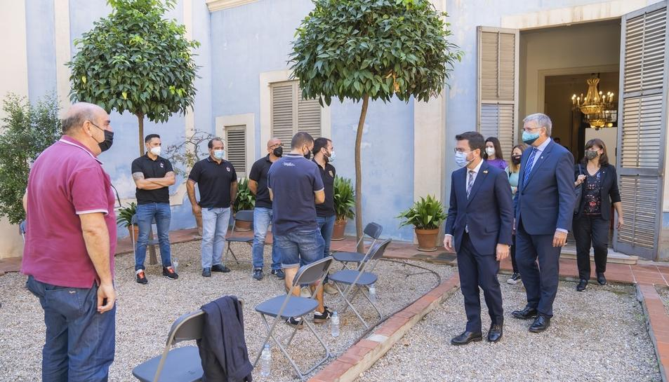 Aragonès es reuneix amb representants de les colles castelleres de Tarragona