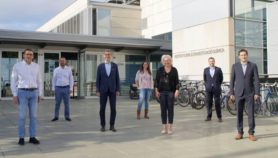 Els dirigents i representants de BASF i l'ICIQ.