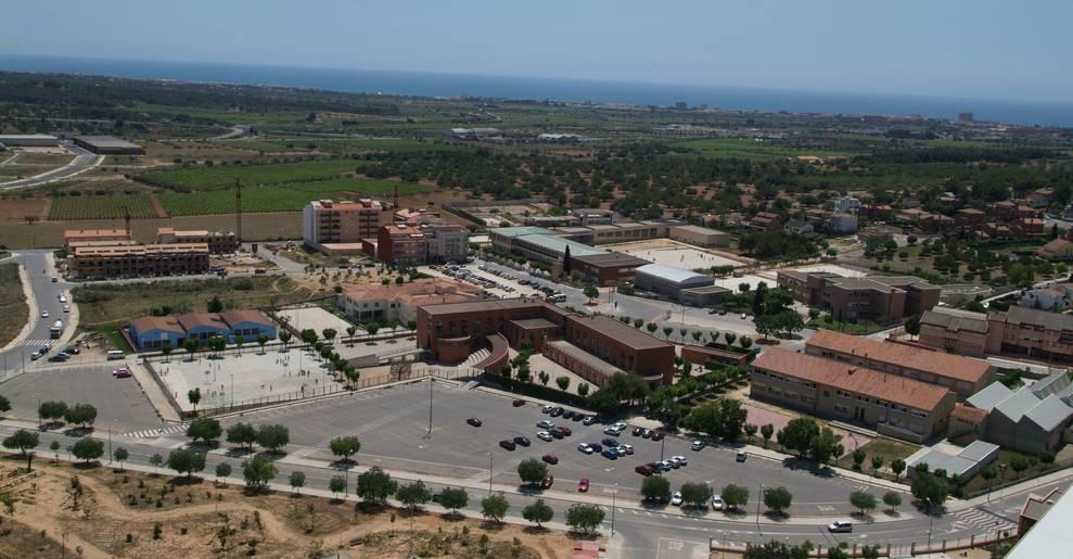 Imagen aérea de la zona escolar del Vendrell.