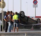 Imatge del vehicle en què circulaven els cinc terroristes, que va quedar bolcat.