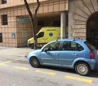 Imatge d'una ambulància a l'Hospital de Santa Tecla de Tarragona.