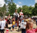 En el marc de la XXXI Diada de la Puntaire de Catalunya, es va celebrar la primera trobada de gegantes puntaires.