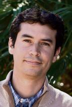 Kenneth Martínez