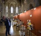 Visitantes en la antigua iglesia de Sant Francesc de Montblanc, este domingo.
