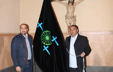 L'Associació Jove Gitana estrena bandera per al Via Crucis