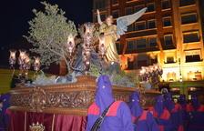 La solemnitat s'estén pel centre de la ciutat amb la Processó del Dolor